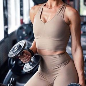 Balance athletica bra/top